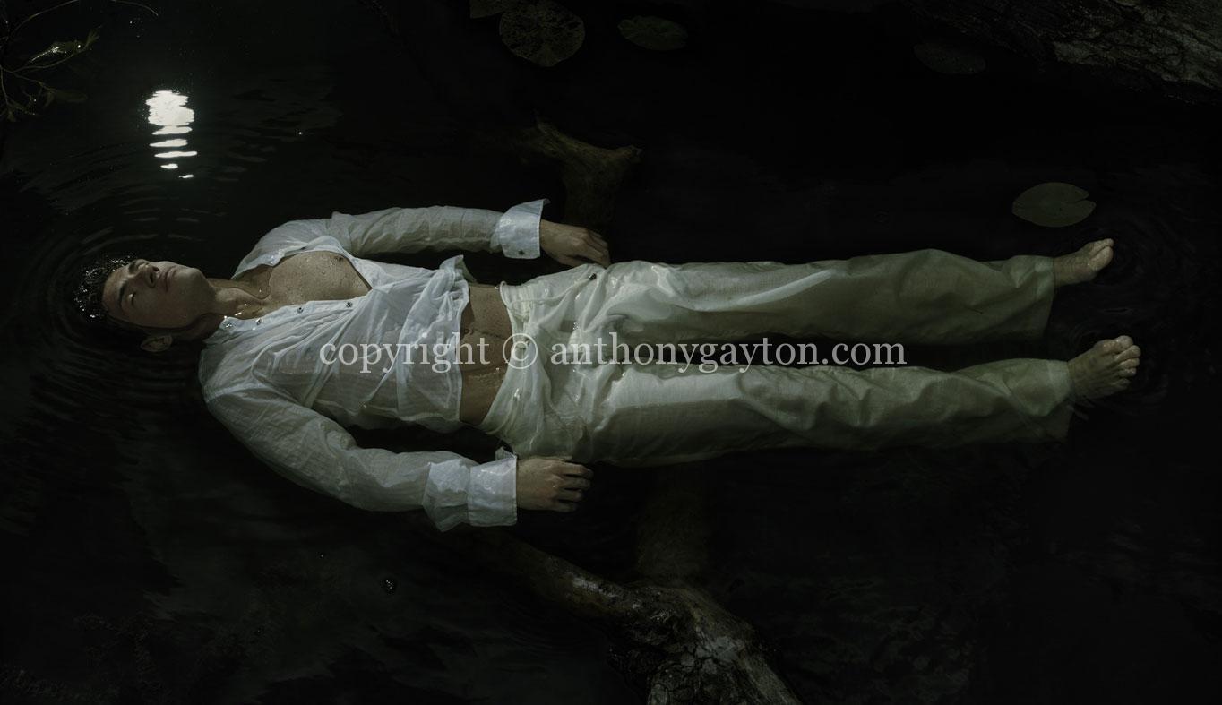 06_The_Drowning_02_Copyright_Anthony_Gayton